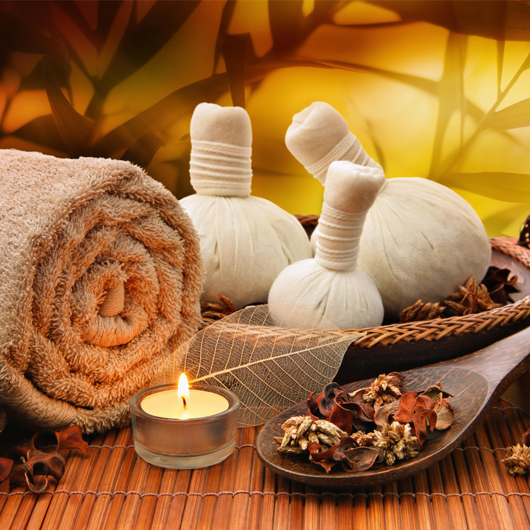 Massagem com pindas. Uma massagem relaxante!